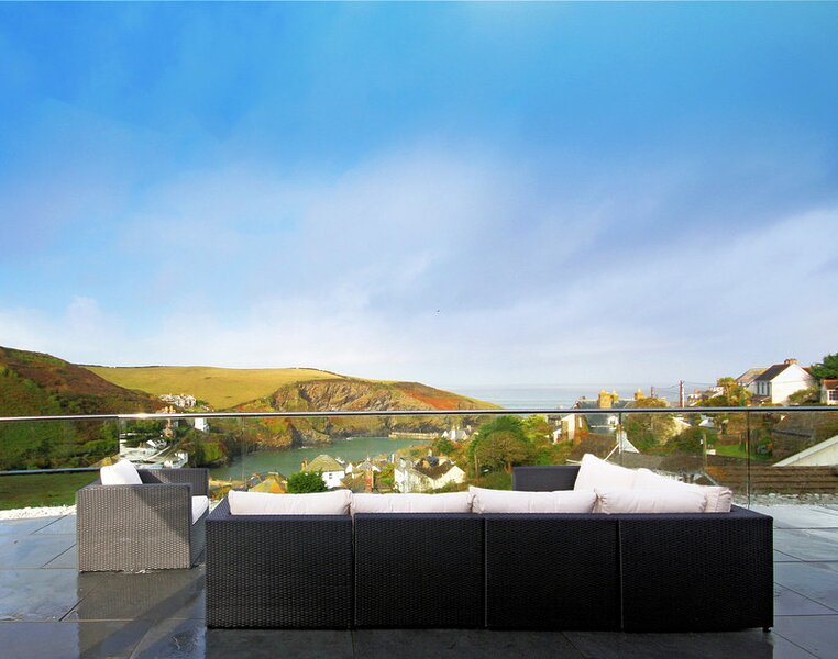 The Terrace, Port Isaac, vacation rental in Pendoggett