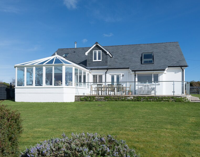 Seawynds, holiday rental in Trelights