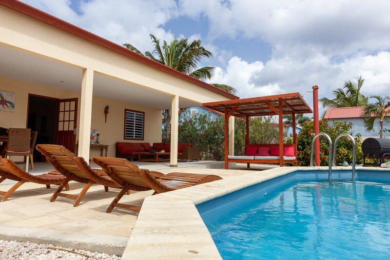 Villa Kas Leo in Belnem, holiday rental in Kralendijk