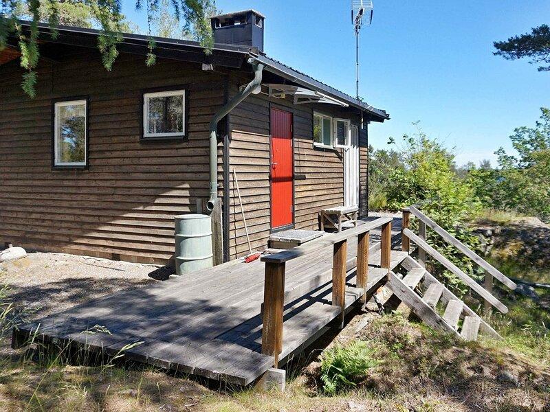 4 person holiday home in SORUNDA, location de vacances à Sibble