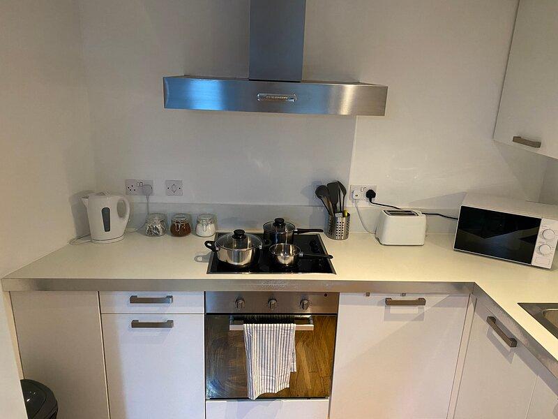Impeccable 2-Bed Apartment in Sheffield, location de vacances à Sheffield