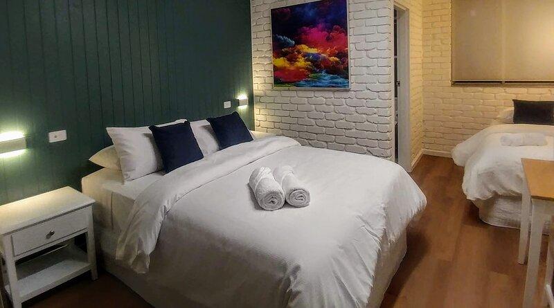 Bay House Motel Room 5, casa vacanza a Forresters Beach