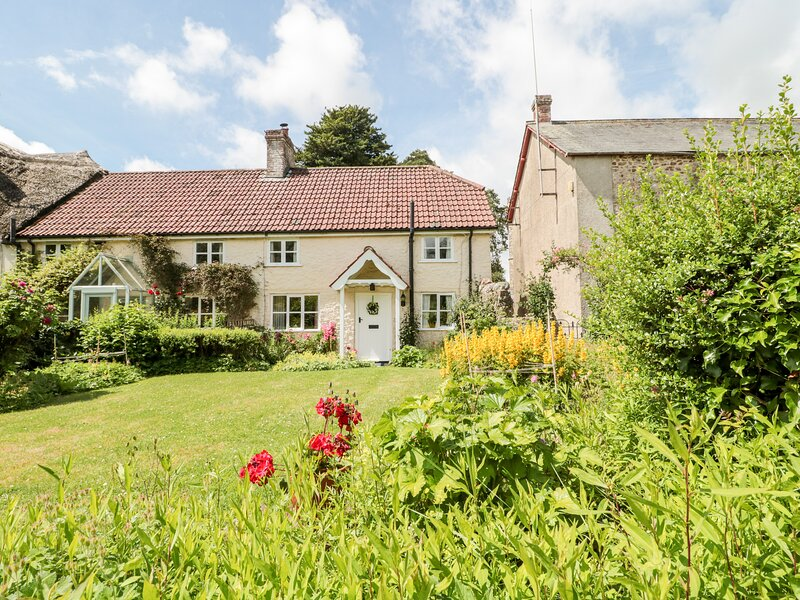 2 Hillview Cottage, Dalwood, casa vacanza a Bewley Down