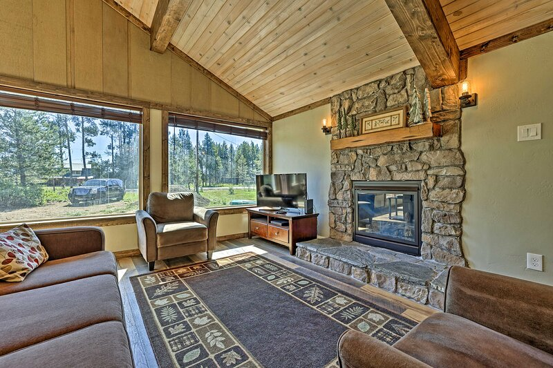 NEW! Updated Cabin w/ Fire Pit: 5 Mi to Boat & Ski, holiday rental in Council