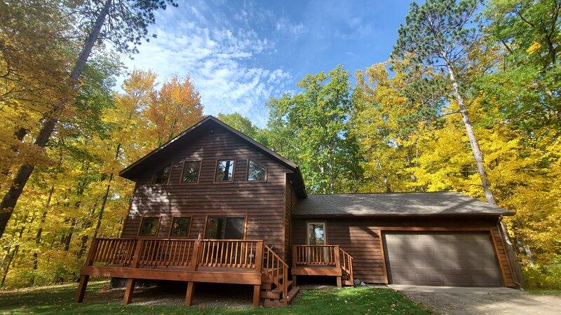 Peaceful Wooded Getaway - Brainerd Lakes Area, holiday rental in Vineland