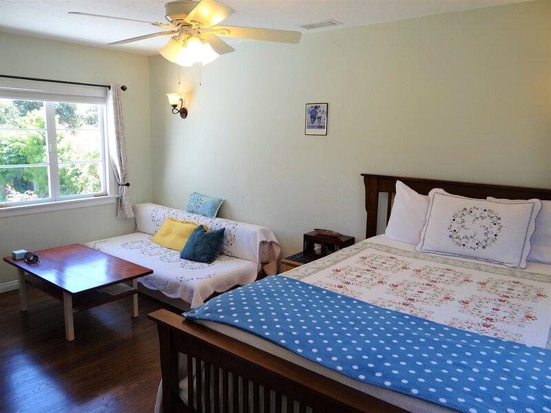 Room for Rent near SD Safari Park, vacation rental in Ramona