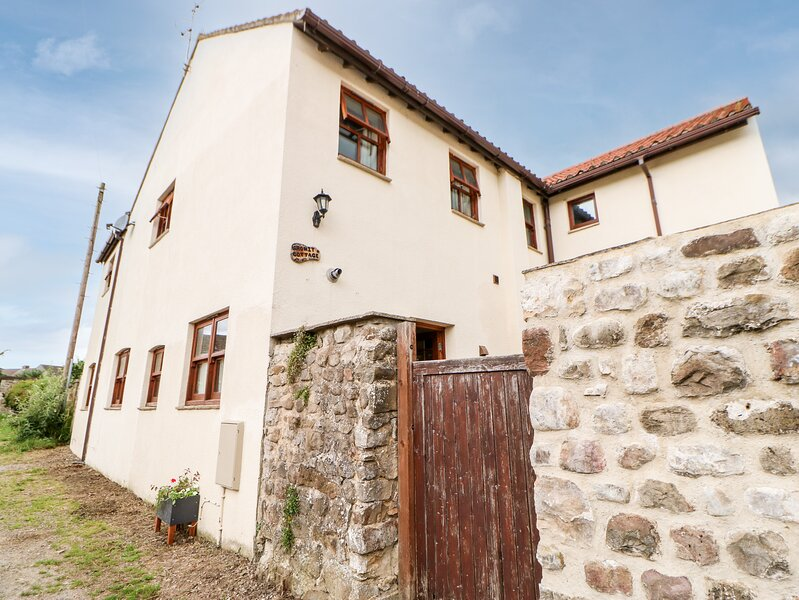 Gromit Cottage, Masham, holiday rental in Fearby