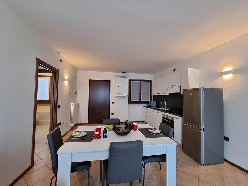 TennoAppartamenti Garda Lake, holiday rental in Bleggio Superiore