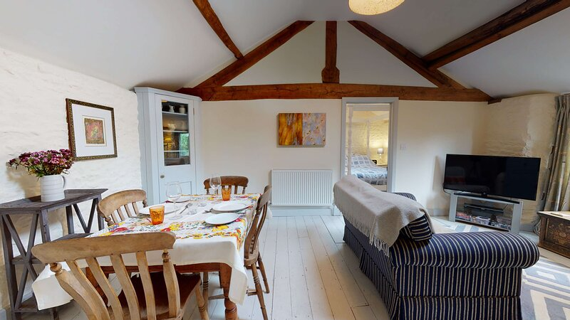 The Hayloft-Cotswolds bolthole retreat for two, vacation rental in Sibford Gower