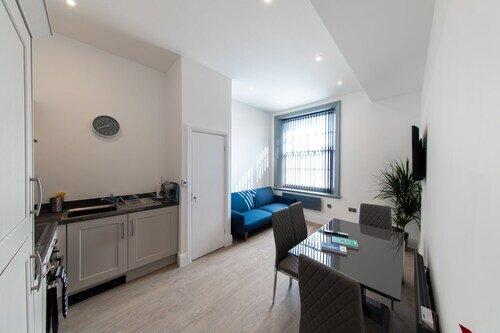 One Bedroom 16 Queen Avenue Apartment in the City Centre, casa vacanza a Wallasey