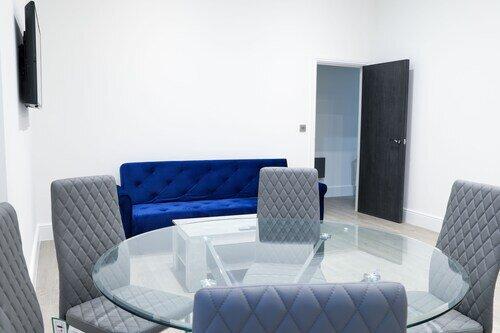 2 Bedroom Ensuite 16 Queen Avenue City Centre Apartment with Parking, alquiler de vacaciones en New Brighton