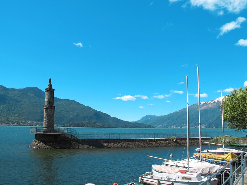 Simoni (GLA107), location de vacances à Trezzone