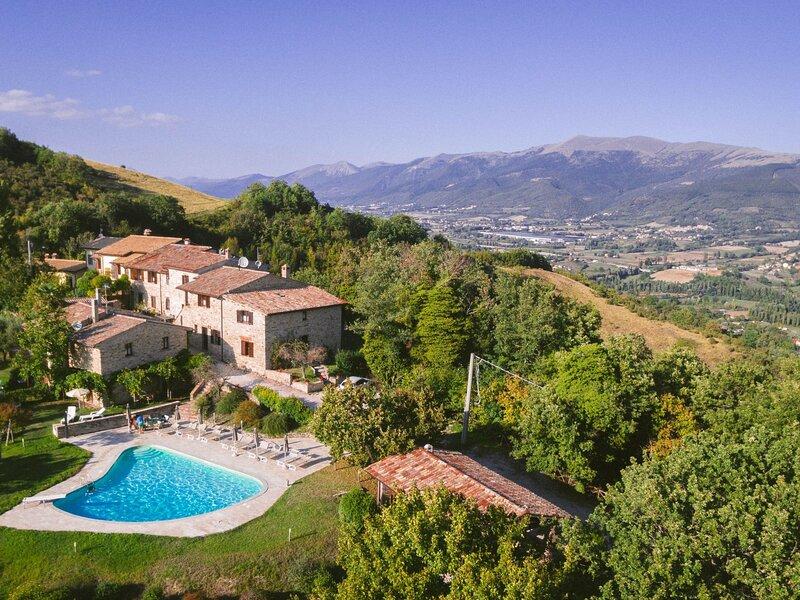 Le Serre, location de vacances à Serravalle di Chienti