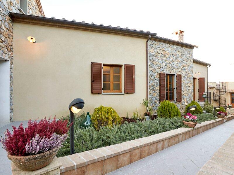 Borgo Carradori, location de vacances à Lucignano