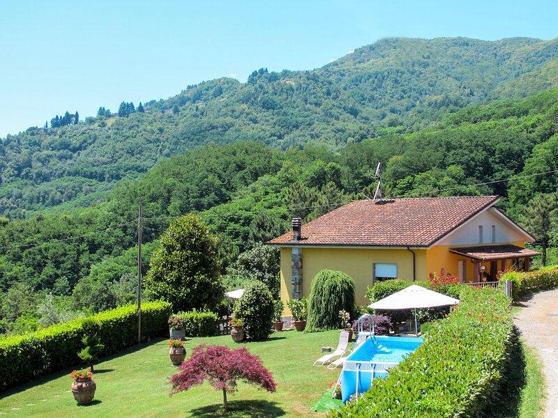 Bataba (VLG100), holiday rental in Borgo a Mozzano