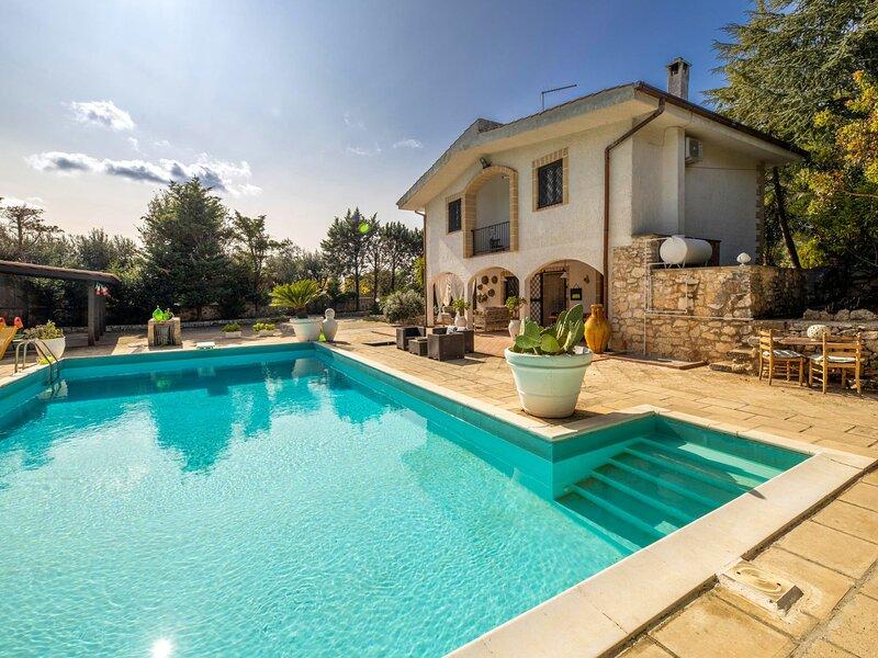 Corallo, holiday rental in Villa Castelli
