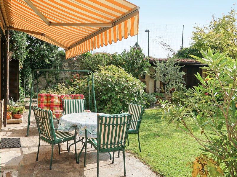 Il Giardino (DGO150), vacation rental in Olgiasca