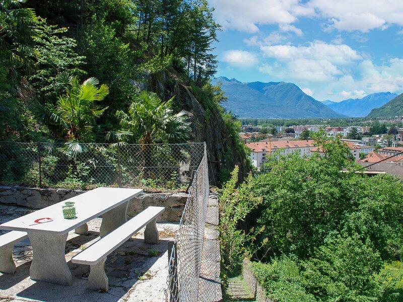 Casetta salita ai Castelli, holiday rental in Gudo