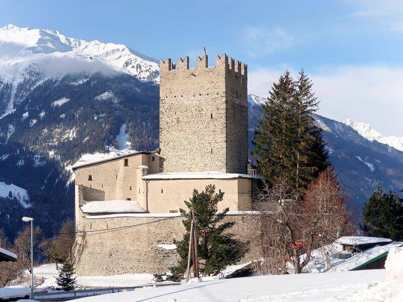 Burg Biedenegg mit Schlosscafé (FIE211), holiday rental in Fliess