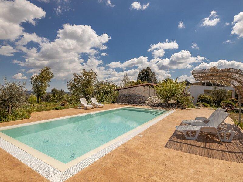 Trulli del Sole, holiday rental in Chiobbica