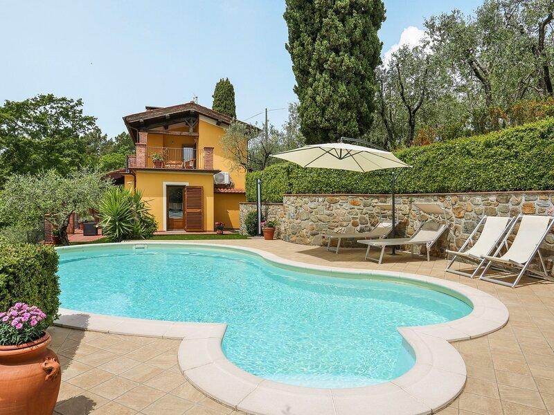 Villa i Cipressi (MTM170), casa vacanza a Montecatini Terme