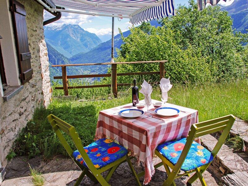 Piancabella (Adventure), holiday rental in Sobrio