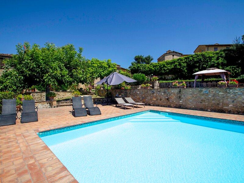 Vedi Torre, vacation rental in Montefalconi