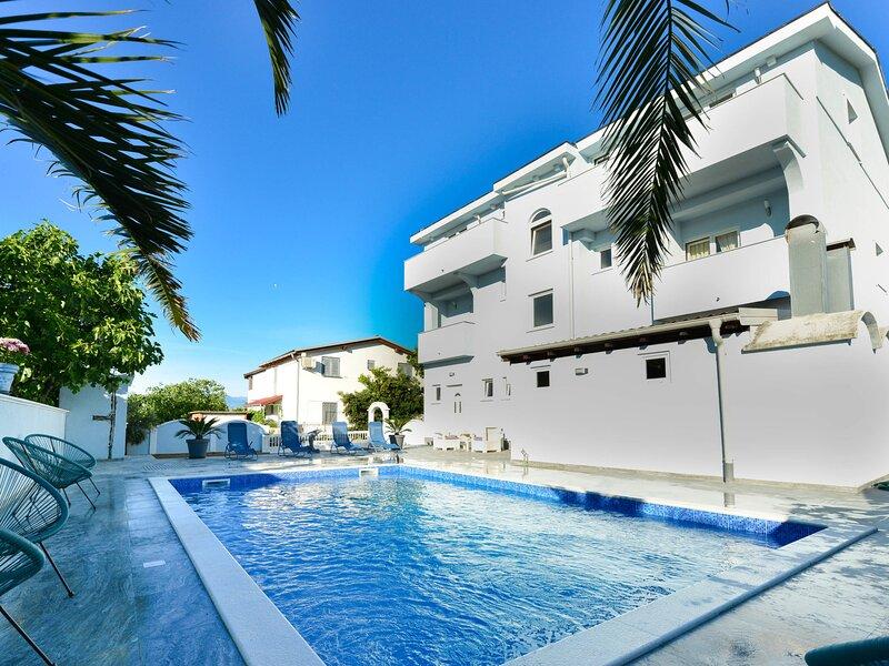 House Jadran (NIN123), holiday rental in Nin