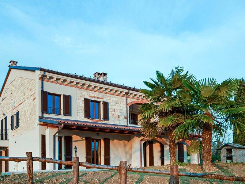 Casa Chiara (SIC400), holiday rental in Villadeati