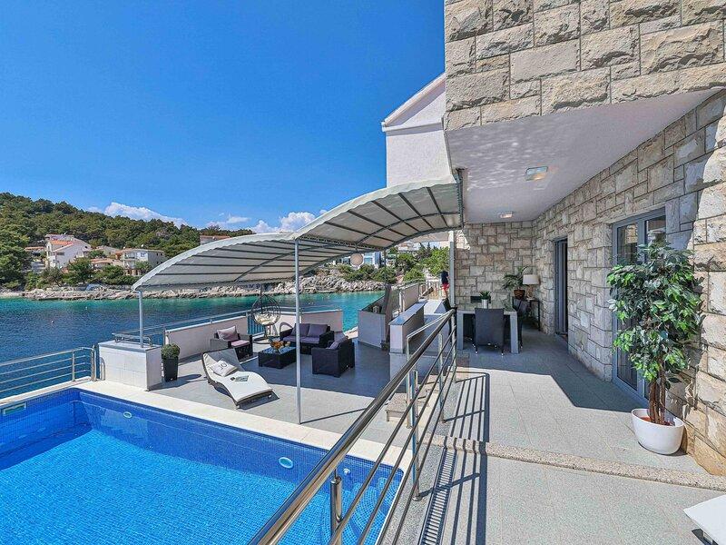 Villa Antonija, holiday rental in Razanj