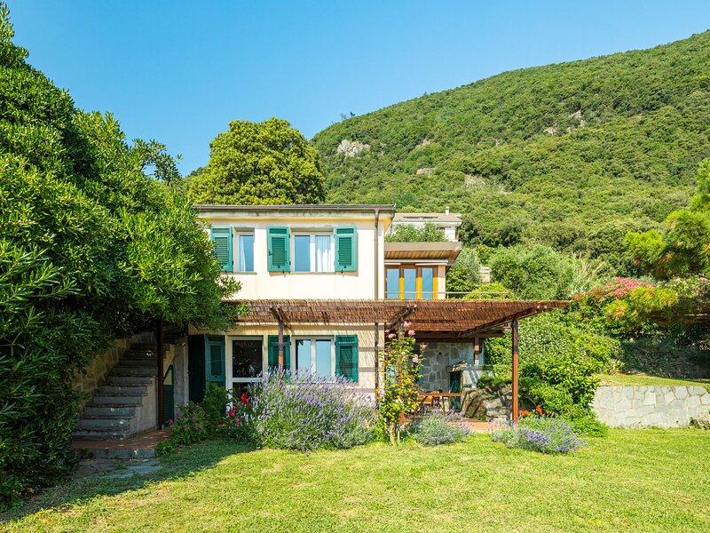 Villa Monilia (MIA153), holiday rental in Framura