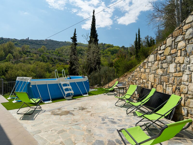 Casa Mimosa, location de vacances à Diano Arentino