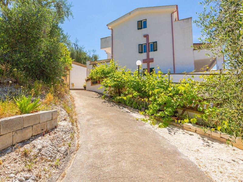 Villa Taglione (PES251), holiday rental in Paglianza