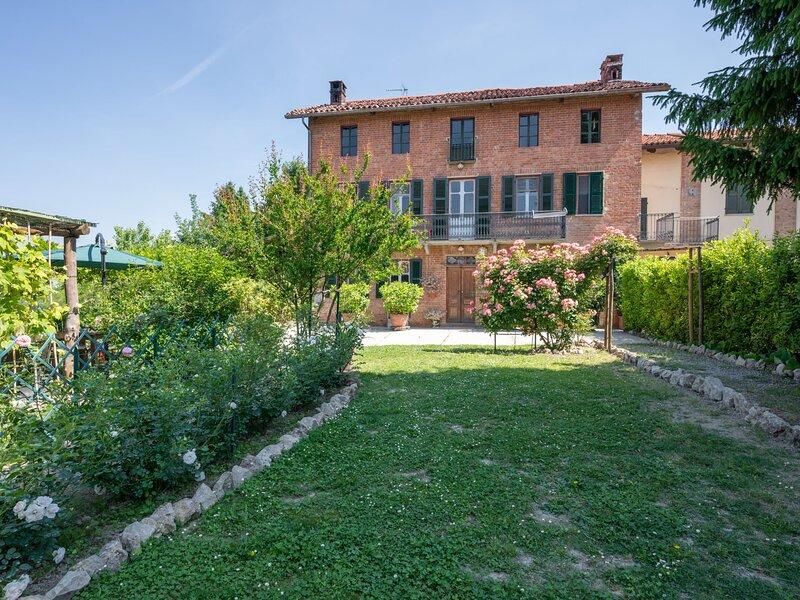 Il Cortile (SLI150), location de vacances à Cocconato