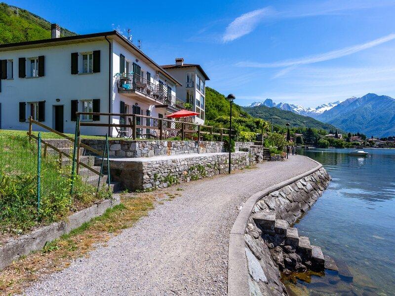 Patrizia (GLA175), location de vacances à Trezzone