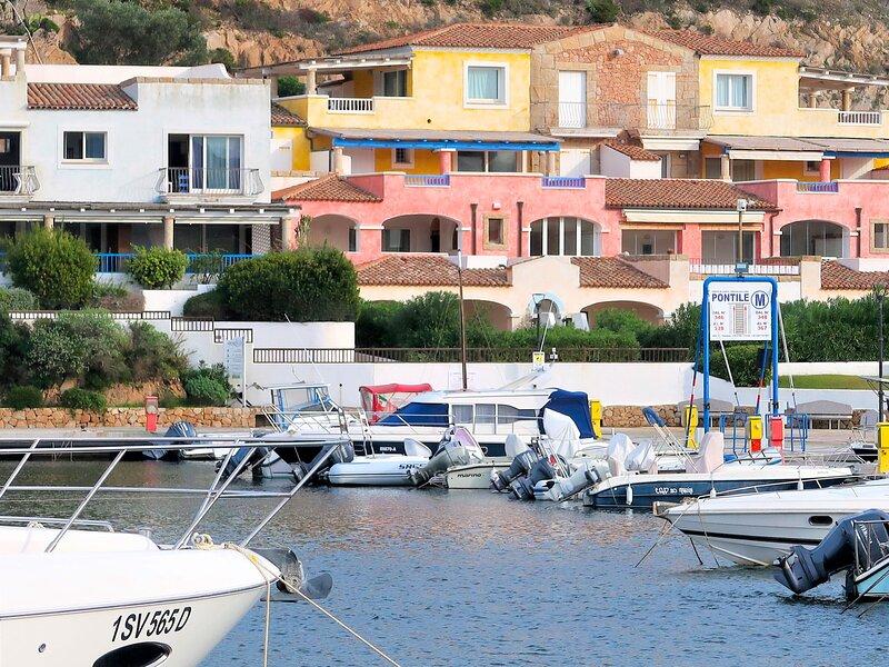Vigna Marina, holiday rental in Terravecchia-portoquadro