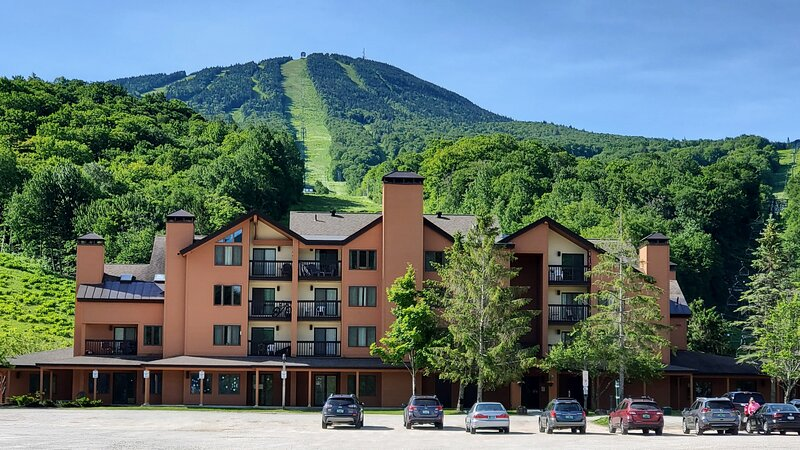 Pico Village Resort D309, casa vacanza a Pittsford