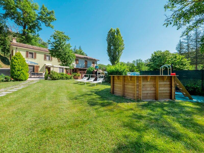 Green Wellness House (URB130), location de vacances à Montefiore Conca