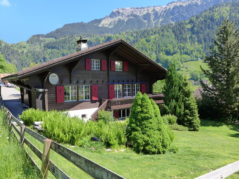 Chalet am Schärm, holiday rental in Lauterbrunnen