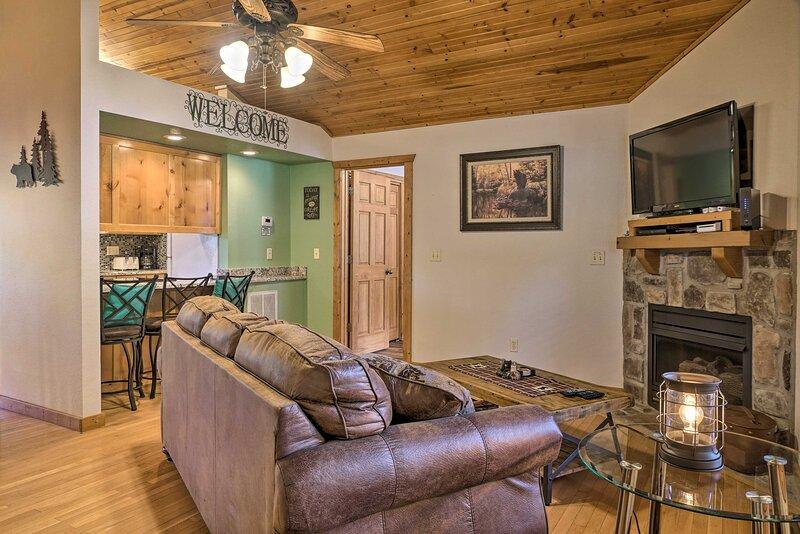 Living Room | Free WiFi | Keyless Entry