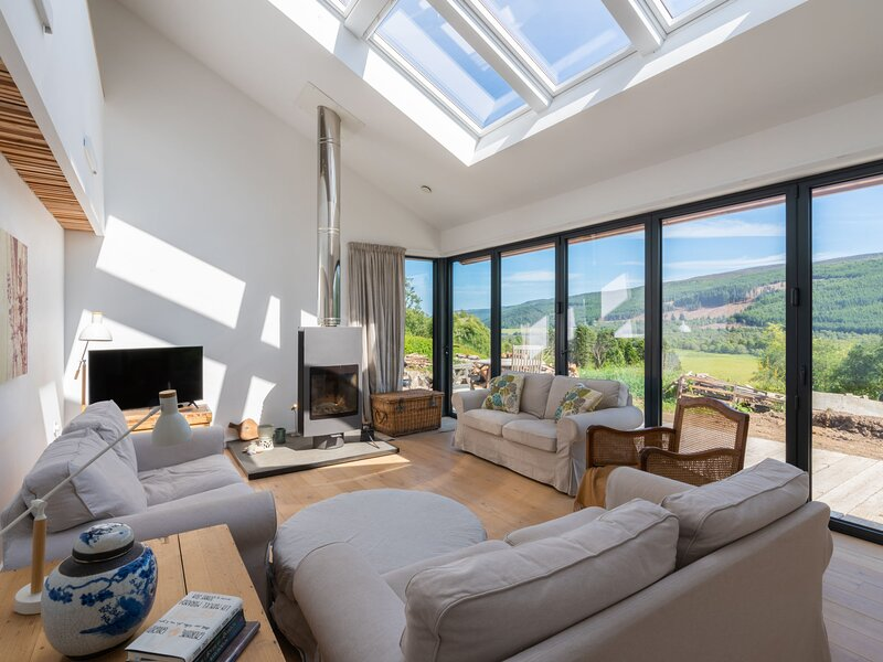 Loch View, holiday rental in Cannich