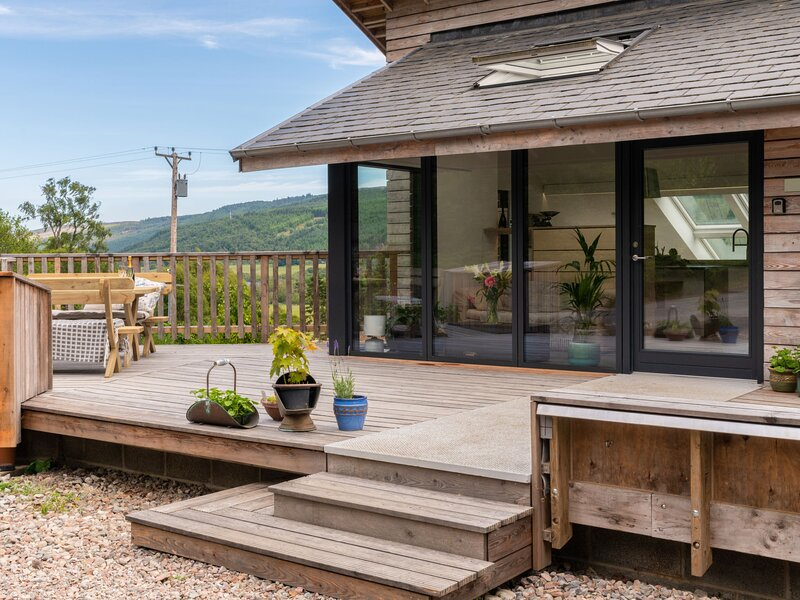 Loch View, holiday rental in Tomich