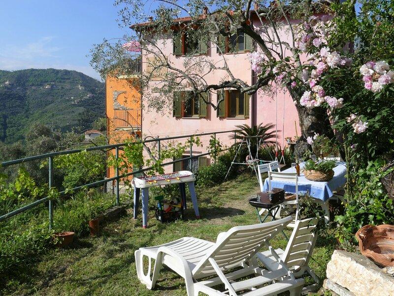 Orange House, location de vacances à Stellanello
