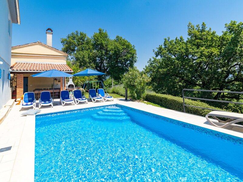 Mariva (IPC132), holiday rental in Gracisce