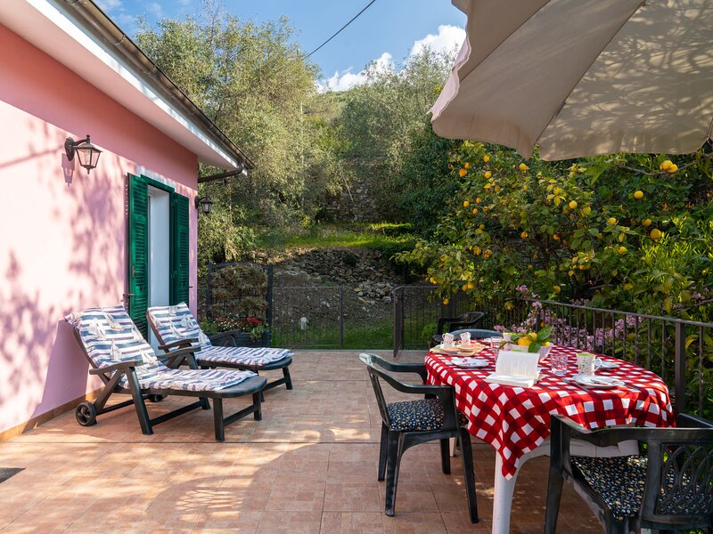Casa Trinità, location de vacances à Diano Arentino