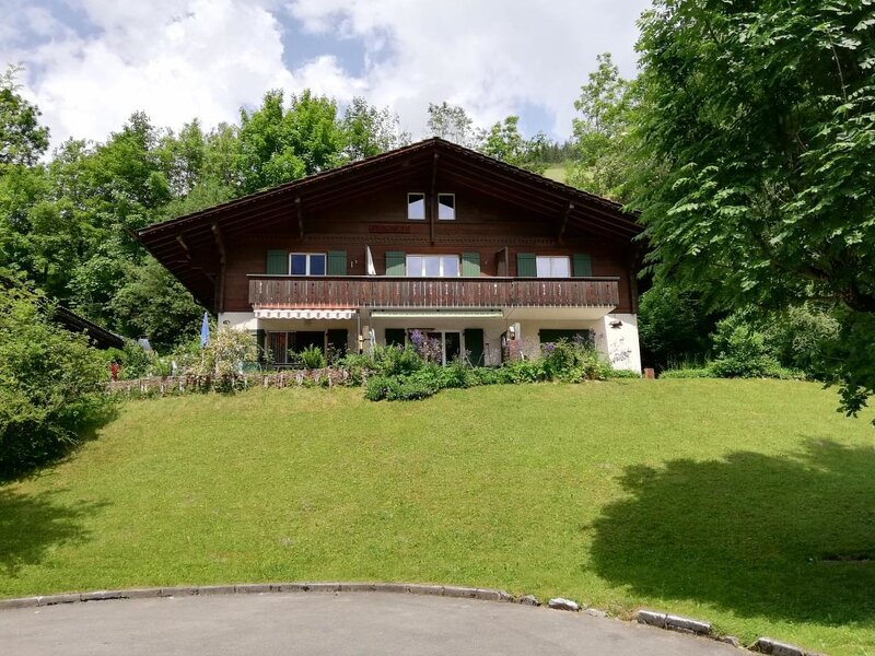 Chalet Flöschhorn, vacation rental in Lenk im Simmental