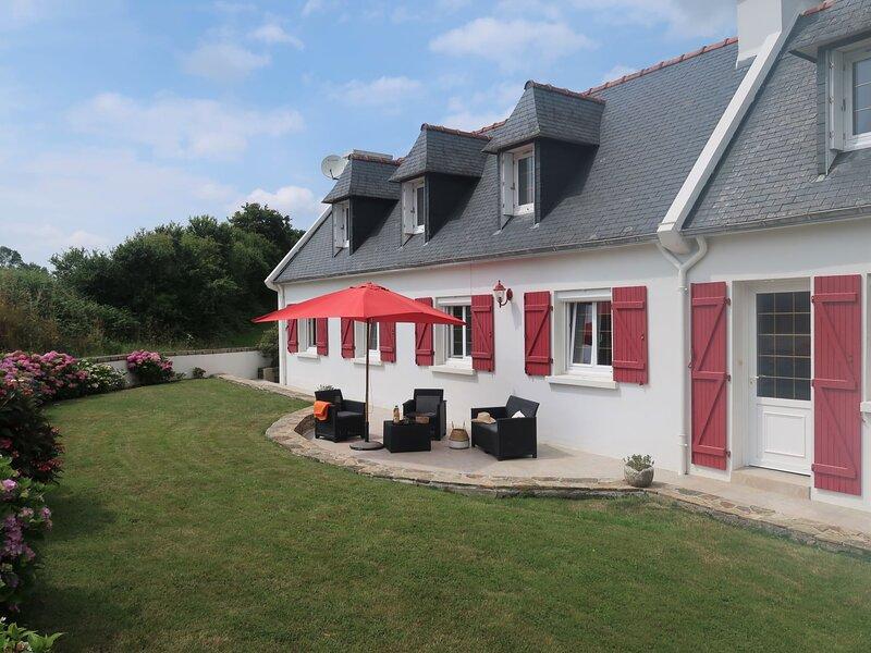 Les Volets Rouges (PEU101), casa vacanza a Pouldreuzic