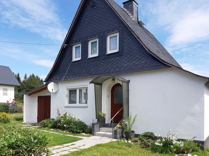 Haus am Rennsteig (BSG100), holiday rental in Weissenbrunn