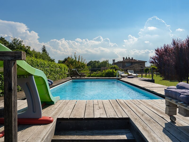 Le Buche (PEL110), vacation rental in Pelago