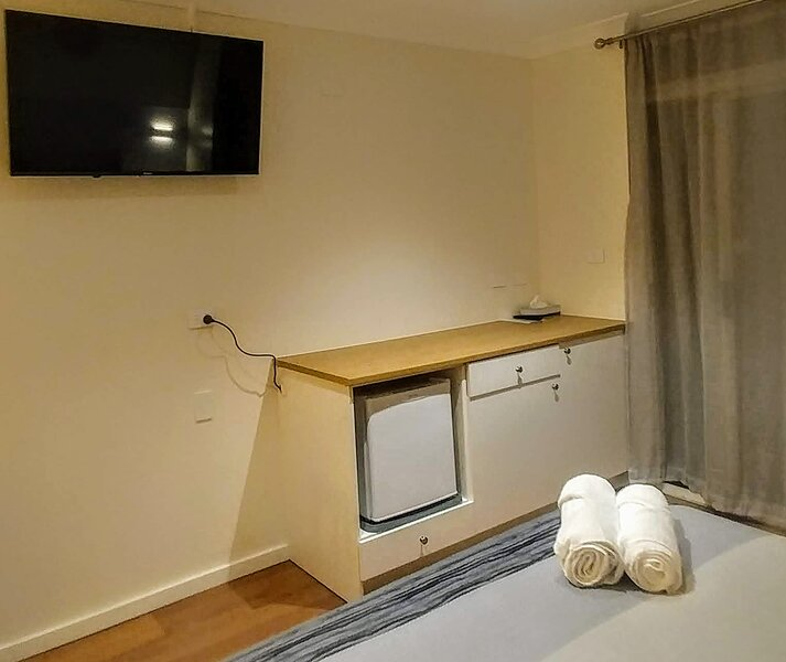 Bay House Motel Room 10, casa vacanza a Forresters Beach